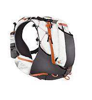RaidLight Ultra Olmo 12 Trailrunning Rucksack, White/Orange